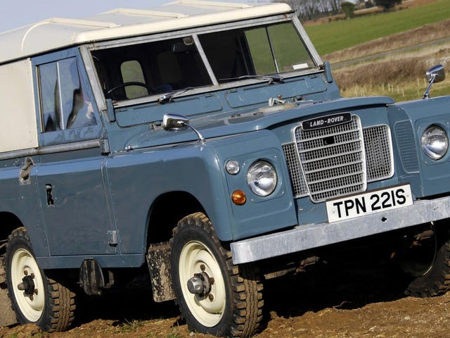 James Bond Apparently Drives an Old Land Rover Series III in Retirement