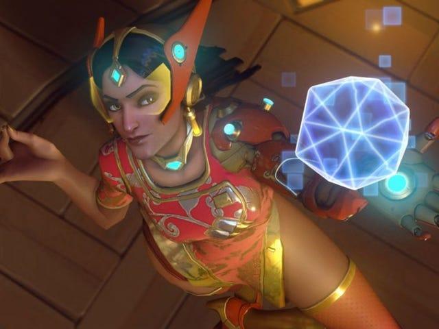 Symmetra làm cho sự xuất hiện thực sự đầu tiên của cô ấy trong <i>Overwatch</i> League