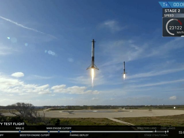 The Falcon Heavy's Boosters' Landings Made Twin Triple Sonic Booms And They're Loud As Hell