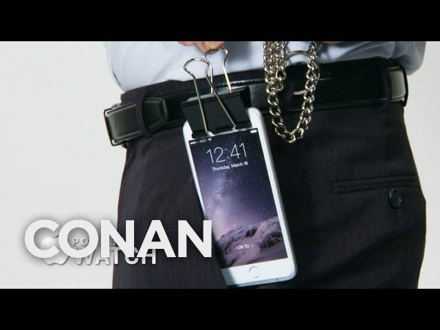 Apple Pocketwatch de Conan est le portable facile à porter