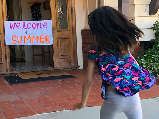 Tape a 'Finish Line' to Your Doorway on Your Kid's Last Day of School