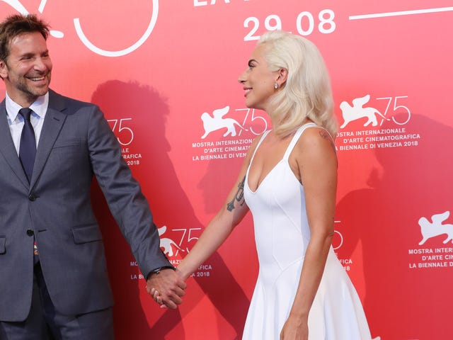 Bradley Cooper and Lady Gaga Truly Love Each Other, We Can Tell