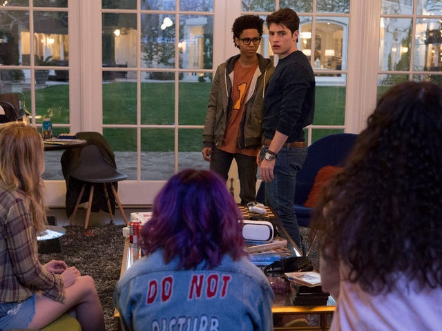 Marvel's Runaways hits the rewind button in its momentum-halting second episode