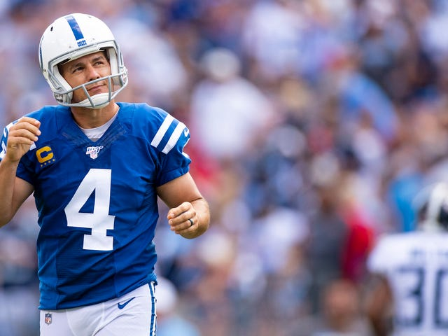 "Struggling Kicker Adam Vinatieri Says He Won't Retire Yet, But He Has ""Demons"" In His Head"
