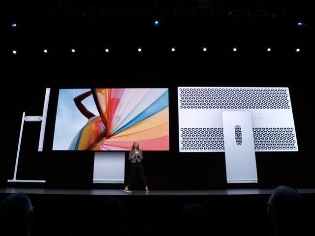 El nuevo monitor de Apple cuesta 6.000 dólares y... JAJAJAJ