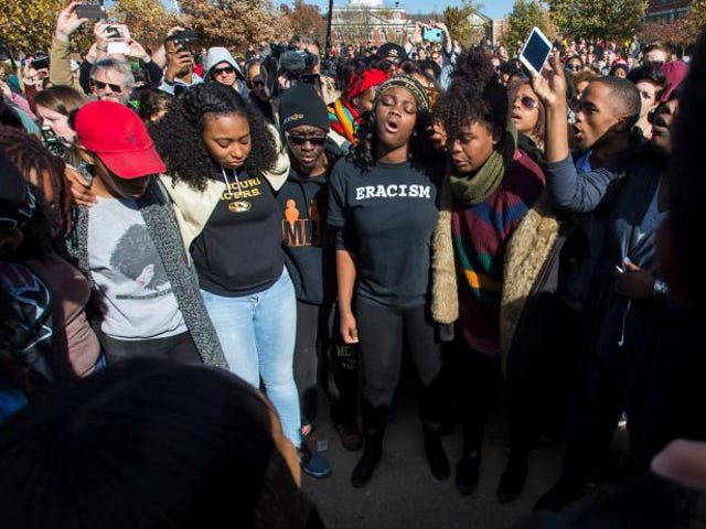 3 Reasons Why It's Dumb to Say That Black Mizzou Students Should Have Gone to HBCUs