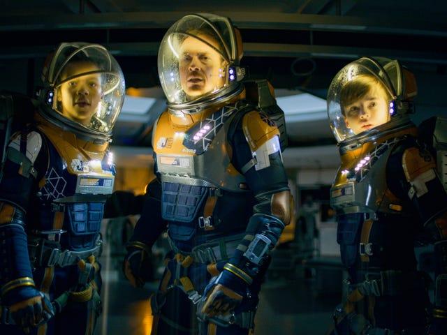 鲁滨逊人创造了新的世界纪录,但《迷失太空》在第2季仍然表现出色