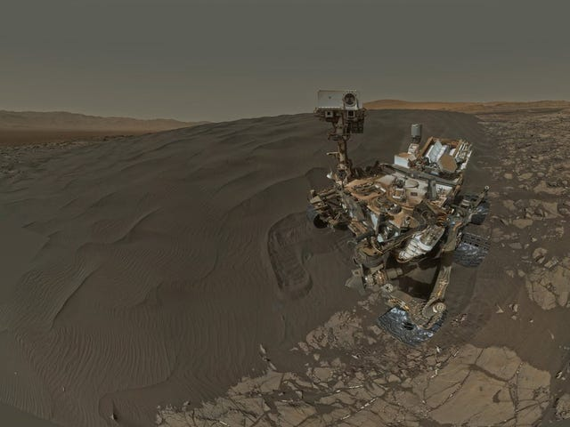 Curiosity Is Using Sweet New Tools to Explore Martian Sand Dunes