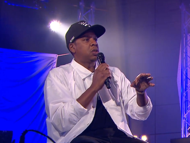 Jay-Z nói về Trump ' <i>With All  Disrespect'</i>