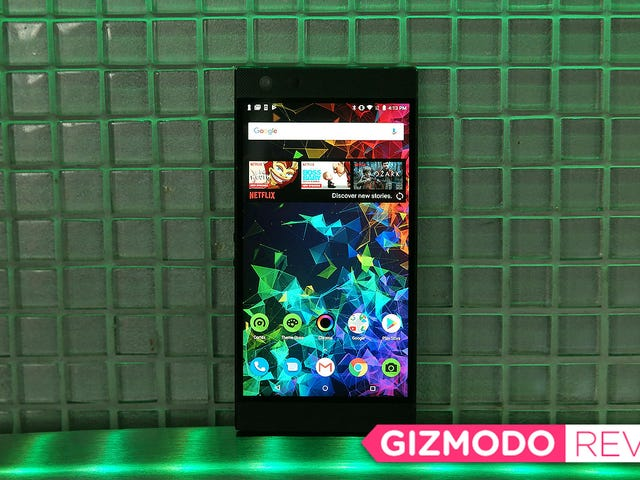 The Razer Phone 2's Biggest Upgrade Is Being Better at Everyday Life