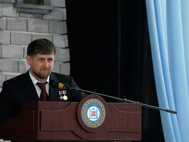 Si dice che gli Stati Uniti neghino visti agli uomini gay perseguitati in Cecenia