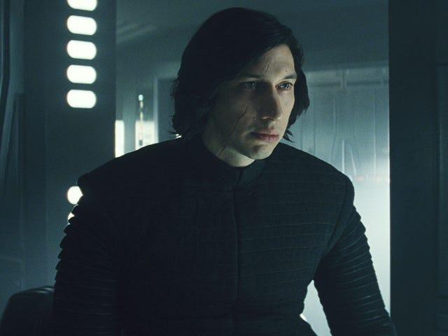 <i>Star Wars</i> Crew รายละเอียดกล่าวหาว่าคำอธิบายของ Canon สำหรับฉากที่ไม่มีเสื้อใน <i>The Last Jedi</i>