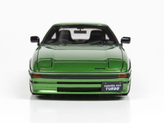 Concours d'Modella: Ignition Model Mazda RX-7