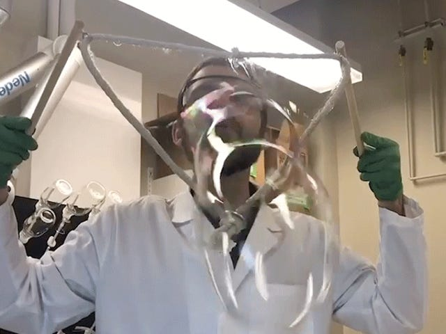 Scientists Figured Out the Perfect Recipe For Making Gigantic Soap Bubbles