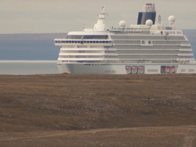 Passenger On First Massive Cruise Ship Through Climate-Changed Northwest Passage: 'Makes U Think'