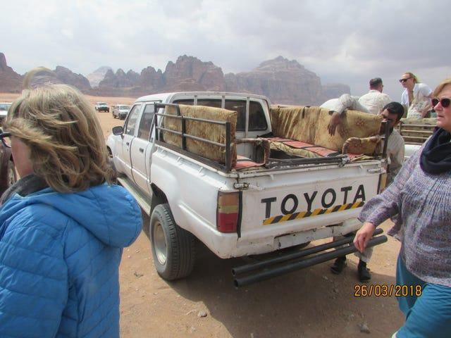 Off-roading in Wadi Rum