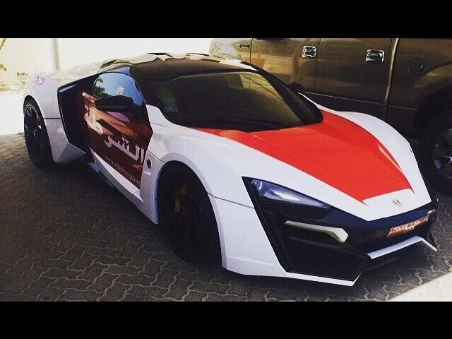 Denne Abu Dhabi politiet er en 770-hestekrefter Lykan HyperSport