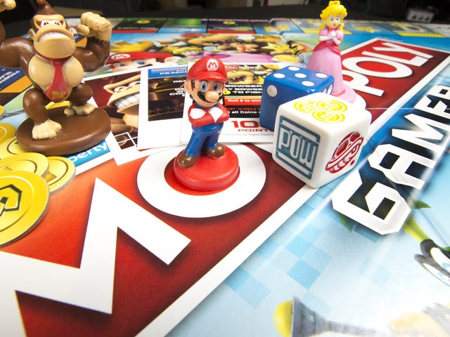 Mario-Themed <i>Monopoly Gamer</i>Has Power-Ups And Boss Battles