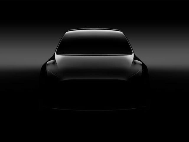 Esto es lo que pasa si intentas aclarar la foto del Tesla Model Y para verlo mejor