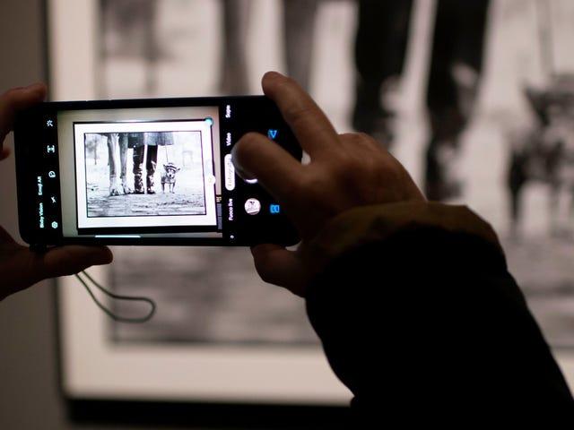 Il terrificante difetto della fotocamera ha lasciato milioni di telefoni Android vulnerabili allo spionaggio