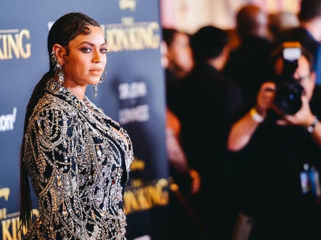 Η Beyoncé έκανε ένα νέο τραγούδι για κάποια ταινία στην οποία βρίσκεται