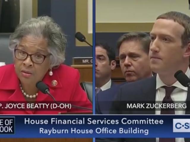 Dân biểu Joyce Beatty Presses Mark Zuckerberg Giống như một Panini trong Hồ sơ Quyền dân sự bất đồng của Facebook