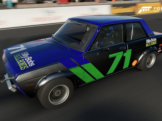 I just like playing with liveries in Forza 7