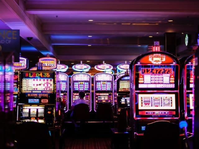 Hur kasinon använder belöningarsprogram för att spåra allt du gör