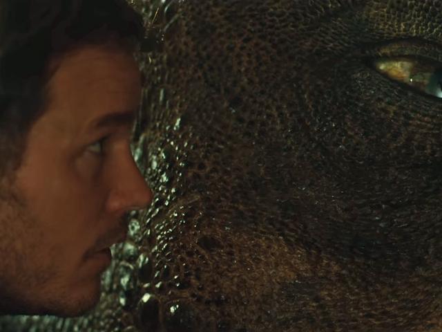 Dans le nouveau <i>Jurassic World: Fallen Kingdom</i> bande-annonce du <i>Jurassic World: Fallen Kingdom</i> , c'est le monde des dinosaures, et nous vivons juste dedans