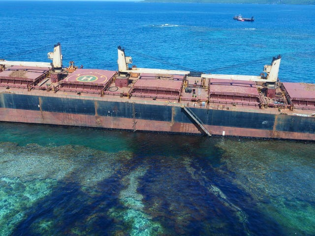 South Pacific Oil Spill Threatens Local Tribe As it Spreads Toward World-Famous Reef