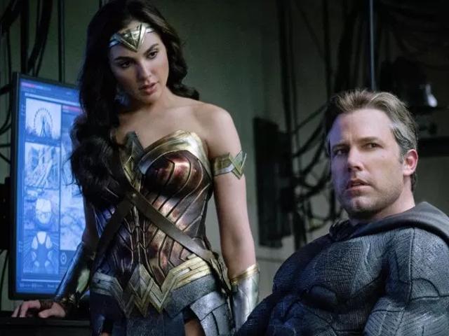 แฟนตัวนี้ค่อนข้างแน่ใจว่าเขารู้ว่ามีอะไรผิดปกติกับฉากแอ็คชันในภาพยนตร์ DC