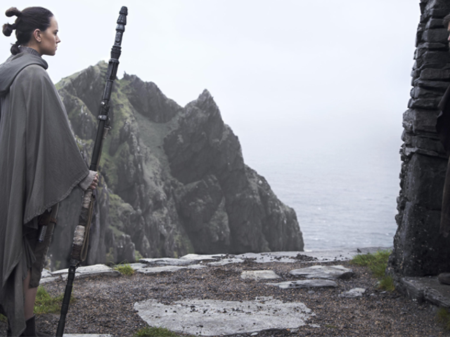 Bringing One of Star Wars: The Last Jedi's Weirdest New Creatures to Life Sounds Like It Was a Nightmare