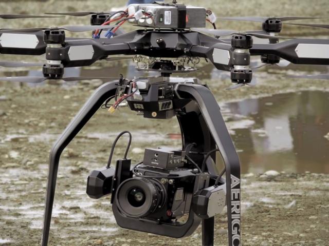 Así de brutal graba una cámara de cine 4K a 1.000 fps desde un dron