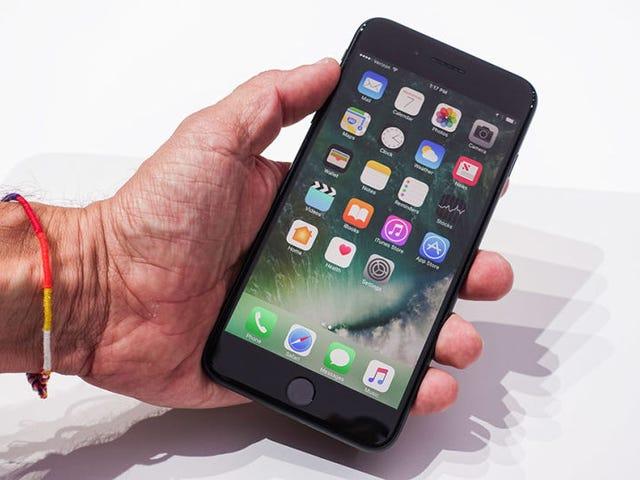 """No, Apple no ha estado ralentizando iPhones antiguos """"para vender más teléfonos"""""""