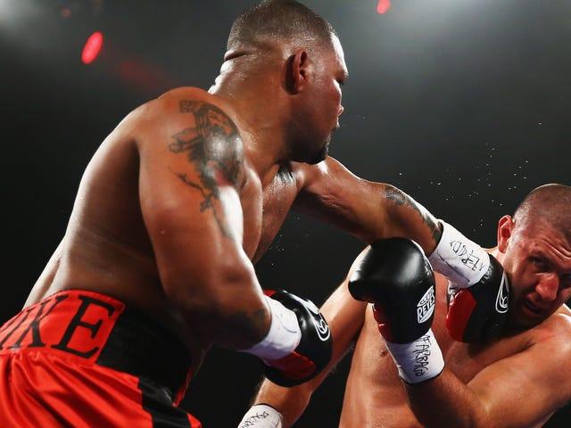 Boxer Magomed Abdusalamov, incapace di camminare o di parlare dopo la lotta del 2013, riceve un contratto di 22 milioni di dollari