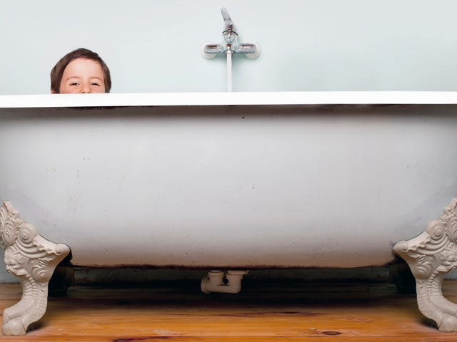 Your Kid Probably Doesn't Need a Bath Every Night