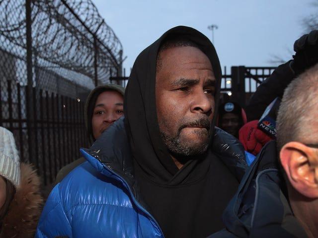 Una mujer afiliada a la guardería que rescató a R. Kelly de la cárcel recibe una amenaza de bomba