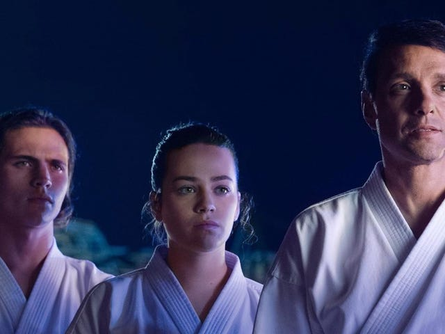 Cobra Kai Continues to Give Us the Karate Kid Nostalgia We Crave in the Season 2 Premiere