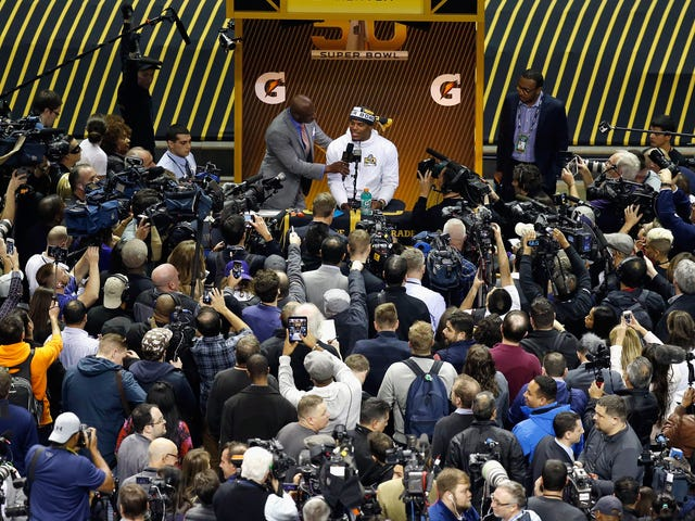 If Women's Media Is a Scam, How Come Nobody Ever Calls Sports Media a Scam?
