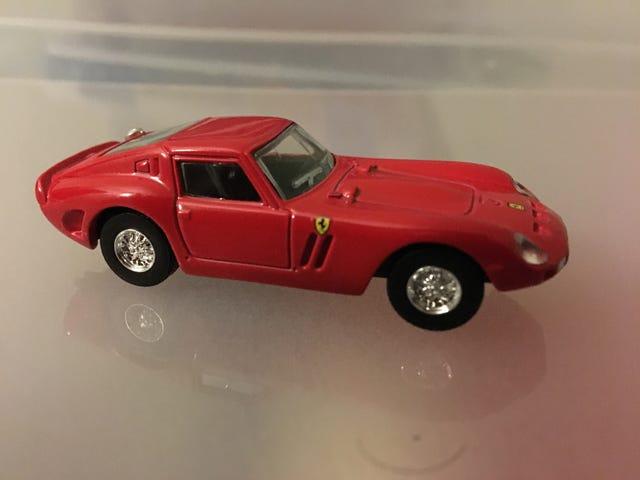 Cześć.  Oto Kyosho 250 GTO