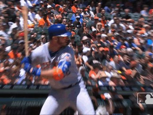 Pete Alonso Smash!