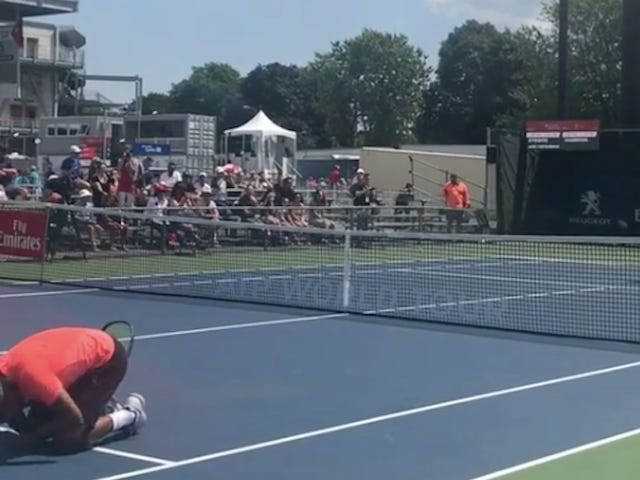 Nick Kyrgios Hit Dalam Butt