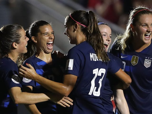 The USWNT Looks As Good As Ever And Is Rolling Toward The World Cup