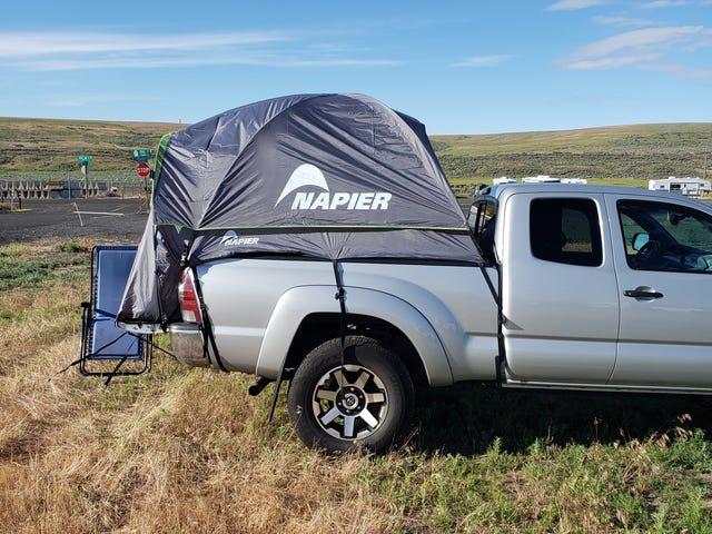 Revisione della tenda del camion: ora con le foto