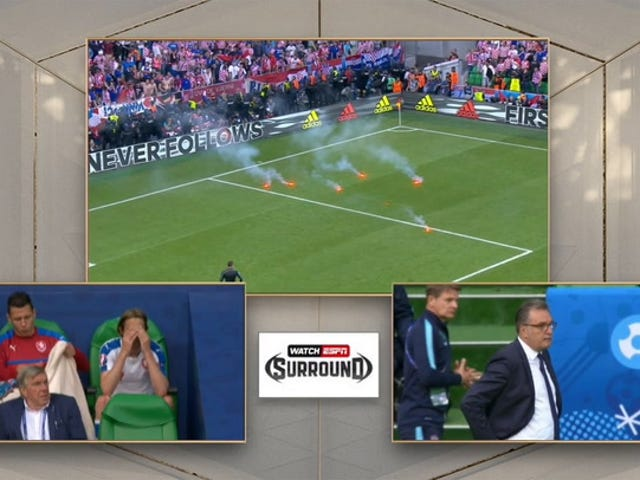 Euro 2016-Match verzögert durch kroatische Unterstützer, die Fackeln werfen, Sprengstoff