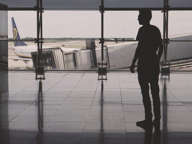 Bagaimana Mengelakkan Yuran Penerbangan Tersembunyi