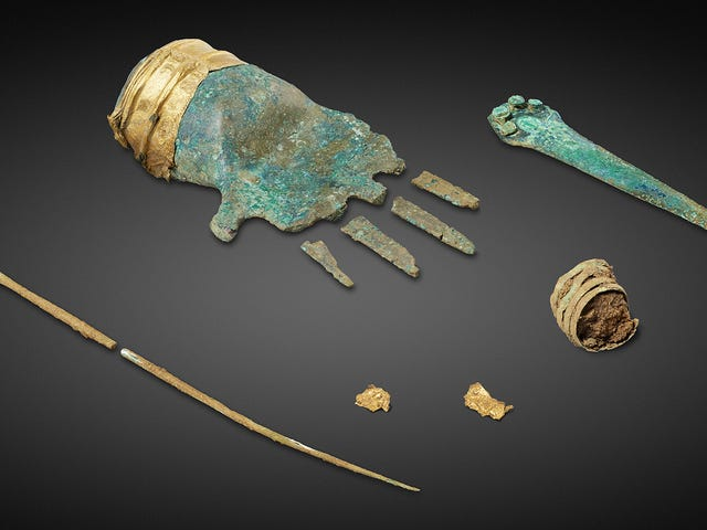 Ancient Bronze Hand Found in Switzerland Mystifies Archeologists