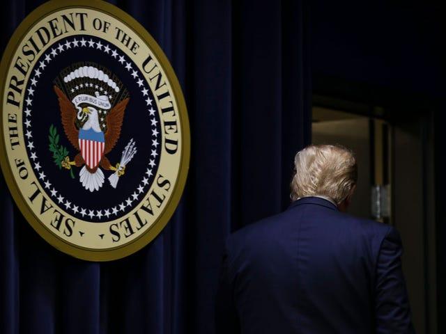 Står over for en retssag, bestiller Trump Airstrike, dræbt iransk chef  Iran løfter om gengældelse