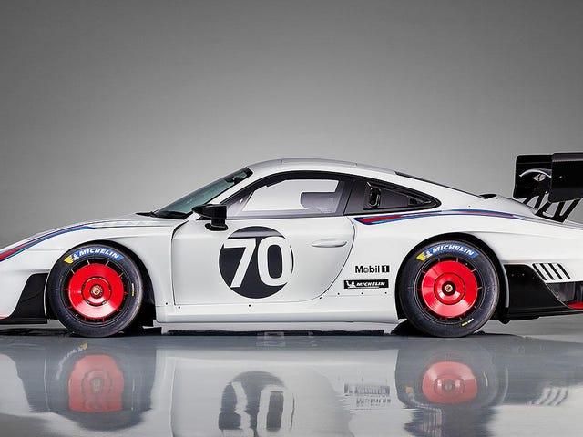 Porsche 935 đã trở lại với 700 HP và 77 ví dụ được thực hiện