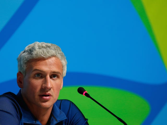 """Il tribunale di Rio vuole cogliere il passaporto di Ryan Lochte a causa di """"incoerenze"""" nel rapporto sulle rapine, ma troppo tardi"""